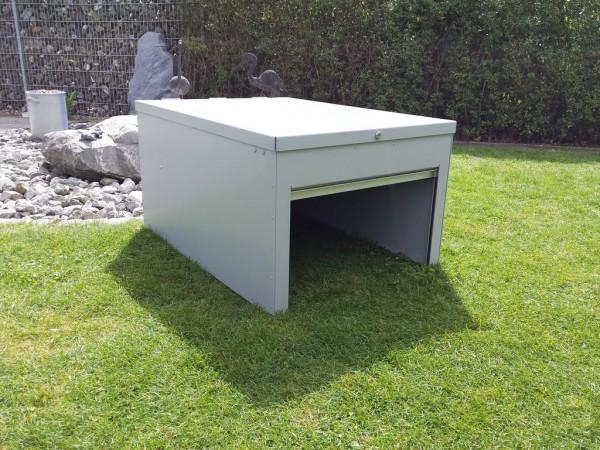 garage mit automatischem rolltor f r automower ideal f r. Black Bedroom Furniture Sets. Home Design Ideas