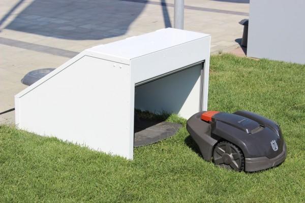 Design-Garage mit Rolltor für Automower / Mähroboter