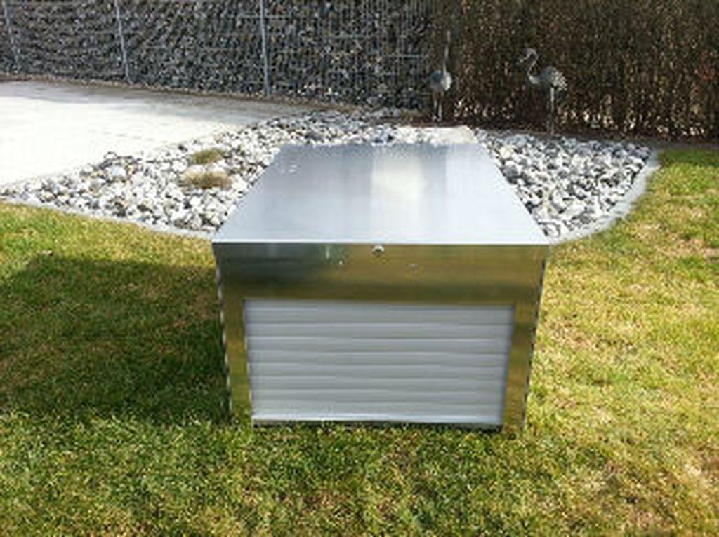 xl garage mit rolltor f r automower 260 265 ideales. Black Bedroom Furniture Sets. Home Design Ideas